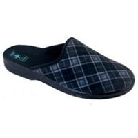 03eeaf3944f8 Pánske domáca obuv · pánske papuče
